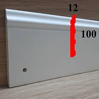 Полиуретановый напольный плинтус грунтованный под покраску 12х100, длина 2,44