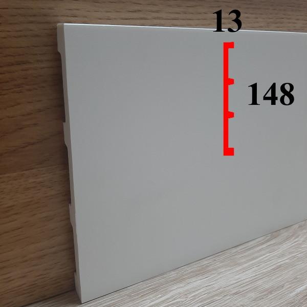 Высокий плинтус прямоугольной формы из полиуретана грунтованный под покраску 13х148, длина 2,44