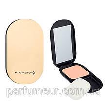 Max Factor FaceFinity Compact Foundation SPF 20 Пудра компактная 001 тон Porcelain