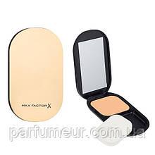 Max Factor FaceFinity Compact Foundation SPF 20 Пудра компактная 003 тон Natural