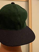 Чистая Кепка без надписей черно-зелёная