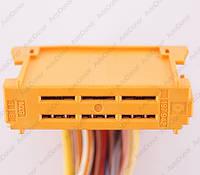 Разъем автомобильный 15-pin/контактный. Мама. 48×15 mm. Б.У