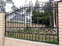 Металлические и кованые заборы в Херсоне.