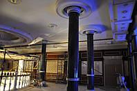 Мраморные колонны с каннелюрами и капителями., фото 1