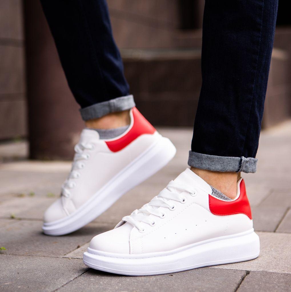Кросівки чоловічі білі з червоною вставкою