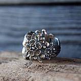 Кольцо серебряное Череп с Цветами КЦ-85 Б, фото 2