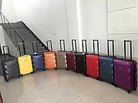 Комплект чемоданов FLY на 4 колесах 3 в 1