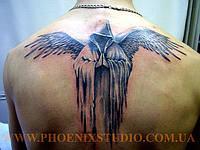 Татуировка крылья: значения у парней, девушек, на зоне