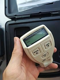 Товщиномір фарби для автомобіля з функцією калібрування Fe, 0-1800мкм BENETECH GM210