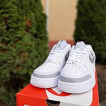Кроссовки мужские Nike Air Force 1' 07 (Рефлектив) низкие белые с серым (Top replic), фото 2