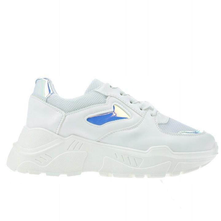 Женские кроссовки Abril white