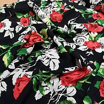 Ткань штапель принт розы на черном, фото 2