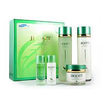 Набор средств с экстрактом зеленого чая  Jigott Well-Being Green Tea 3 Set