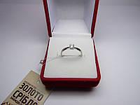 Золотое женское кольцо с белого золота. Размер 17