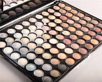 Палитра теней 88 теплых пастельных оттенков для макияжа
