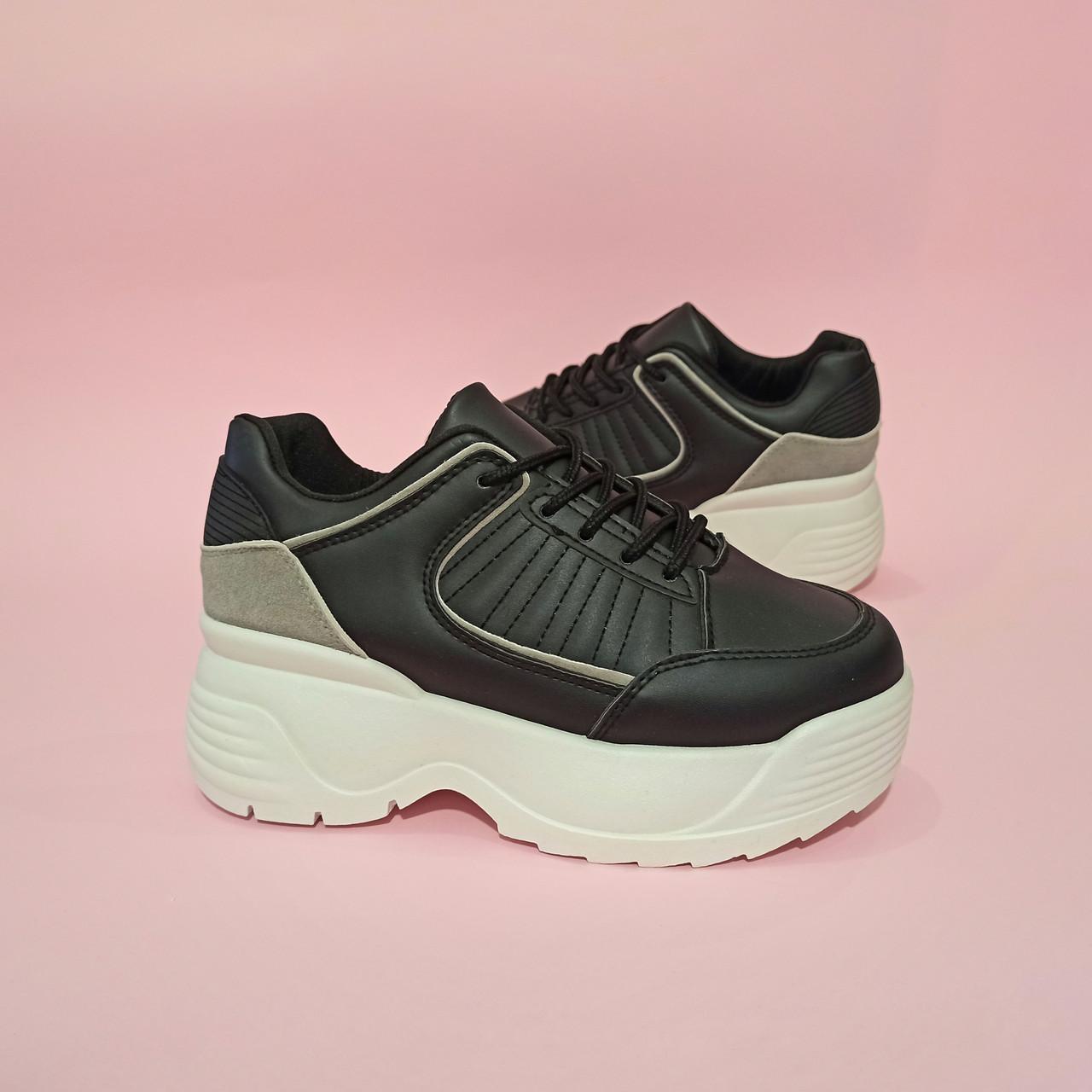 Кроссовки черно белые высокие на толстой подошве в стиле fila disruptor фила на грубой подошве черные