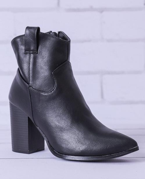 Женские ботинки Pilar