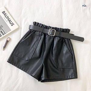 Женские кожаные шорты с поясом и накладными карманами 77wa349