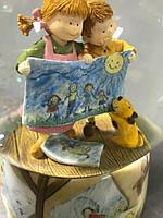 """Музичний скляна куля """"Дівчинка і хлопчик з малюнком"""". Ексклюзивний подарунок! (США)"""