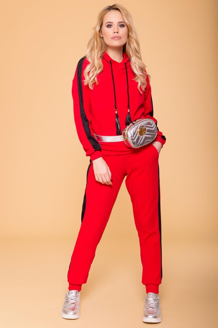 Прогулочный костюм красный из итальянского трикотажа