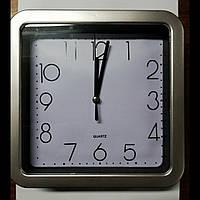 Часы настенные 170мм×170мм.