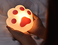 Ночник Кошачья лапка светильник с регулировкой яркости.
