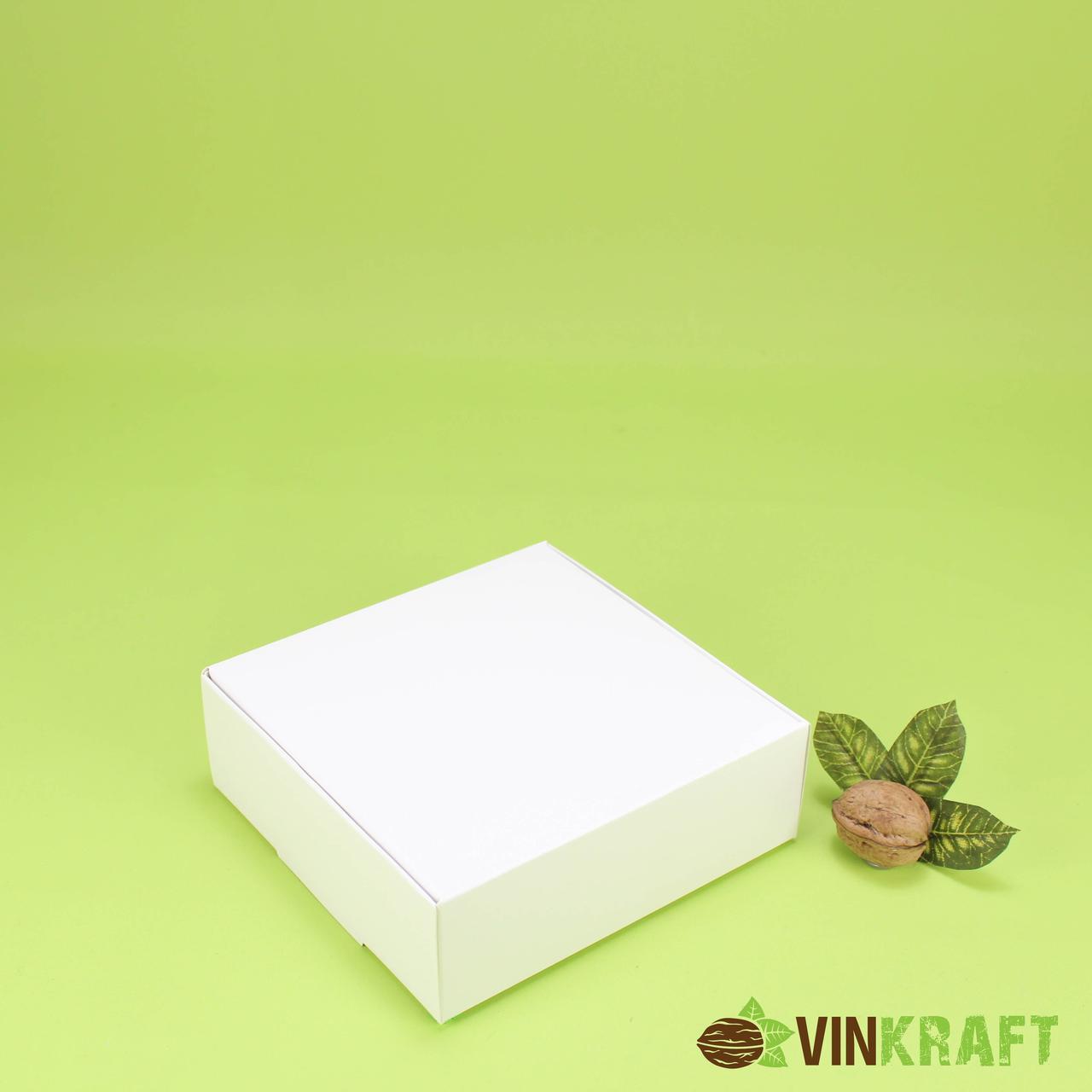 Коробка 150*150*50 для десертів, біла