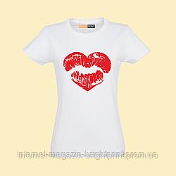"""Жіноча футболка з принтом """"Серця поцілунок"""""""