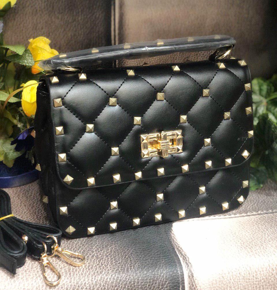 Женская стеганная сумка в стиле Vаlеntіnо (Валентино), черная, ЛЮКС