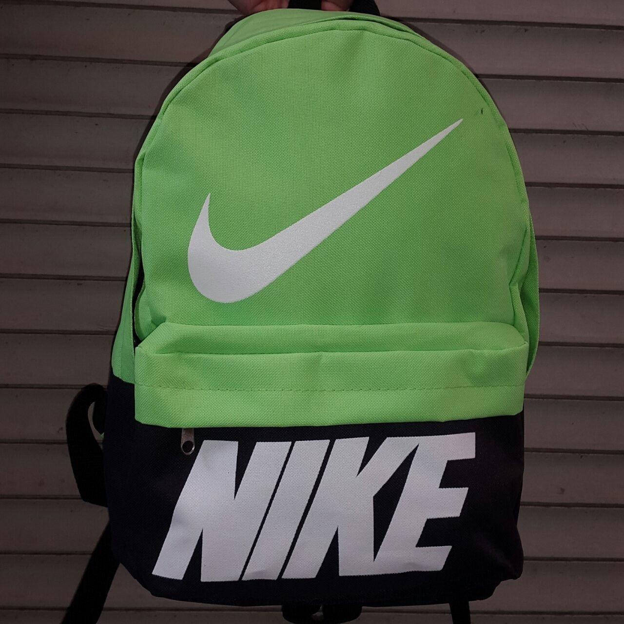 Рюкзак молодежный Nike, Найк черный с салатовым