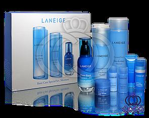 Премиальный базовый уход Laneige Basic Care Special Set Moisture (8 in 1) в подарочной упаковке