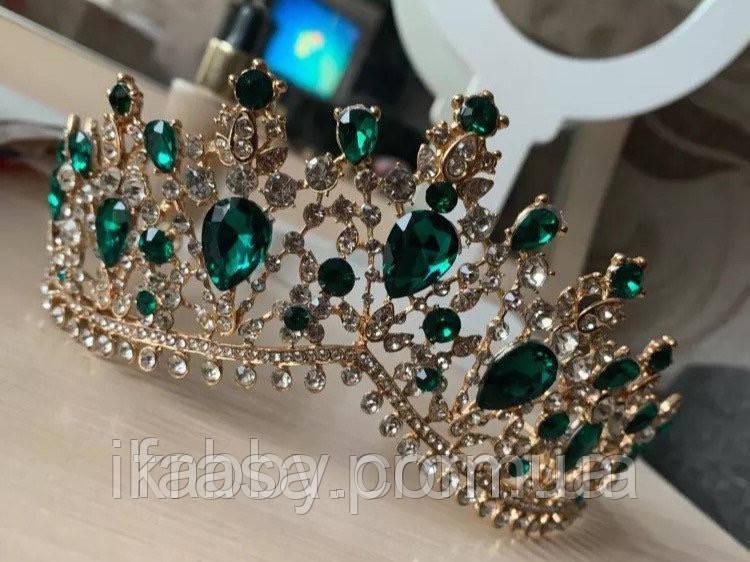 Висока золота корона з камінням зеленого кольору (7cm)