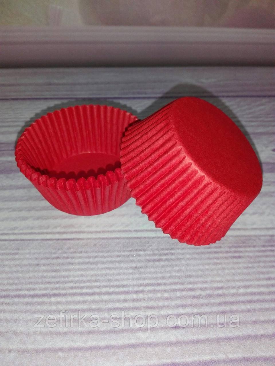 Бумажные формы для кексов красные, 50 шт