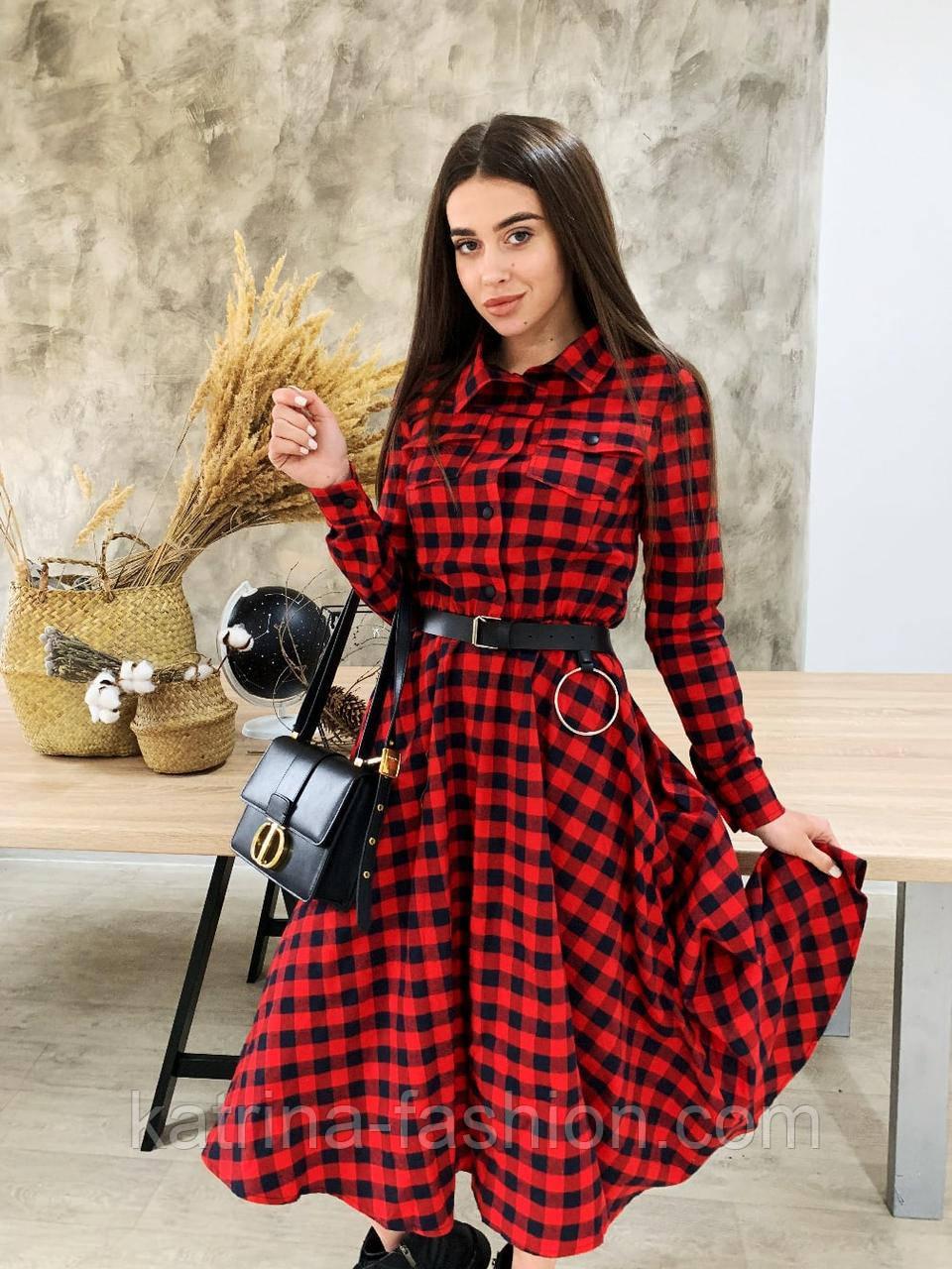 Женское платье миди красное в черную клетку с поясом