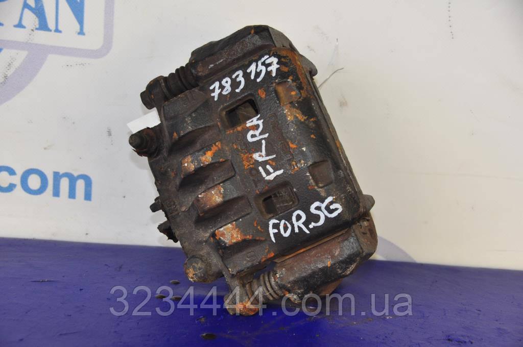 Суппорт передний R правый SUBARU Forester SG 02-07