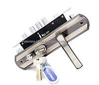 Металлическая китайская дверь ручка в комплекте с замком и цилиндром (с подсветкой)