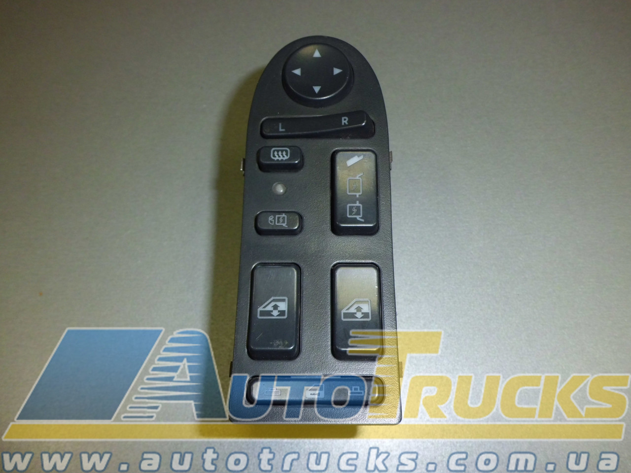 Кнопки Б/у для MAN TGA (81258067016)
