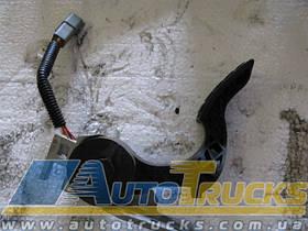 Педаль газа Б/у для VOLVO FH12 (211168880)
