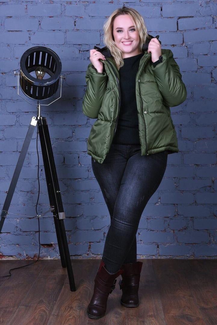 Женская утепленная силликоном кортоткая куртка с капюшоном 48-54р (5расцв)