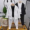 Стильный детский костюм в полоску