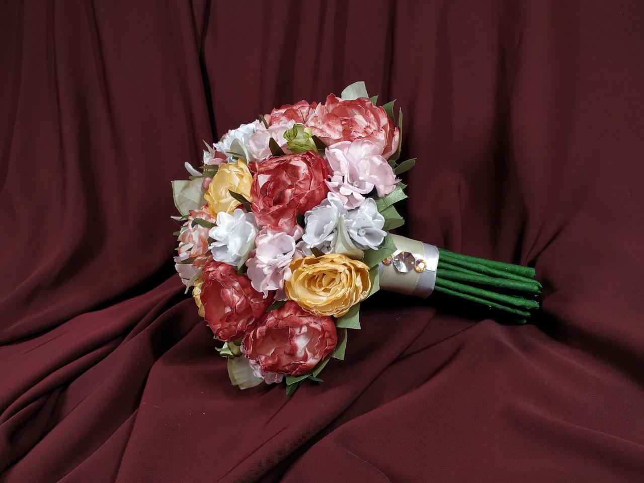 Свадебный букет-дублер для невесты из пионов с реалистичной ножкой