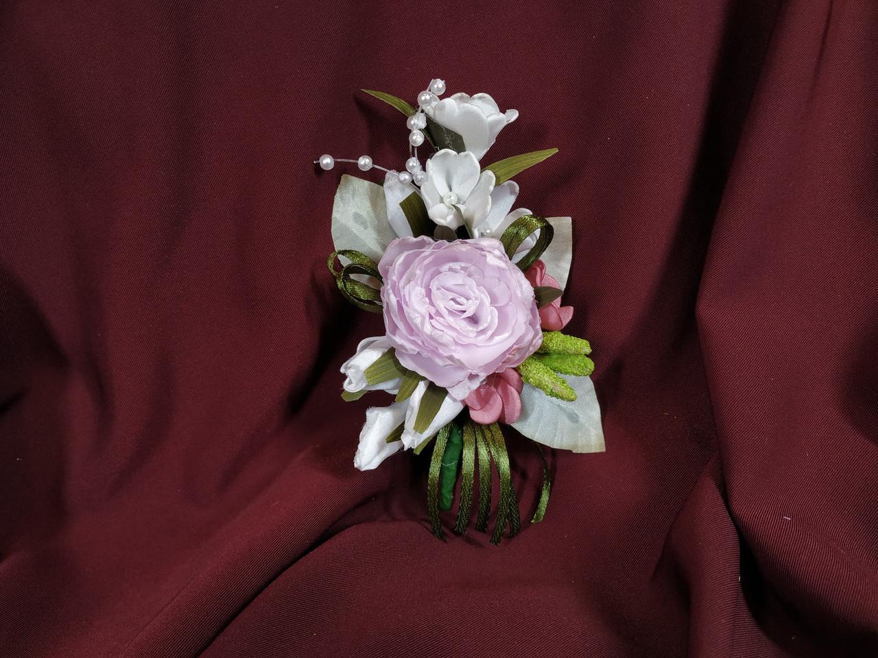 Свадебная бутоньерка из пиона розовая