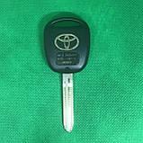 Автоключ для Toyota (Тойота) 3 - кнопки, лезвие TOY 43, 433 Mhz , 4D68 chip, фото 2