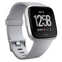 Смарт часы Fitbit Versa Fitness Watch Серо-Серебряные
