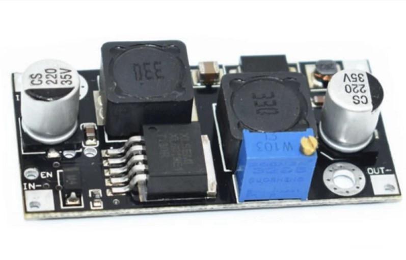 Комбінований понижуючий перетворювач/підвищує DC-DC 5-32В - 1.3-35В 1.5 А