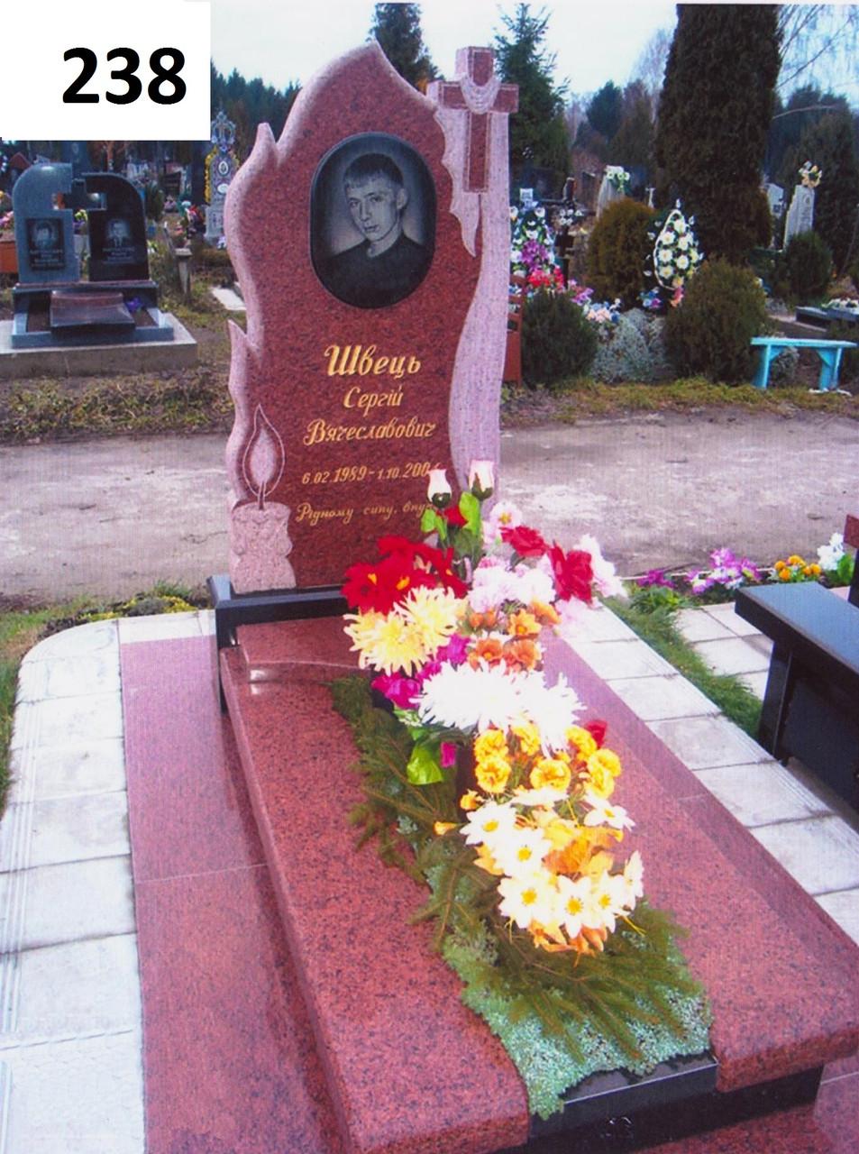 Елітний пам'ятник комплекс із граніту хрест та рушник на кладовище