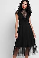 Черное платье с кружевом и вставками сетка