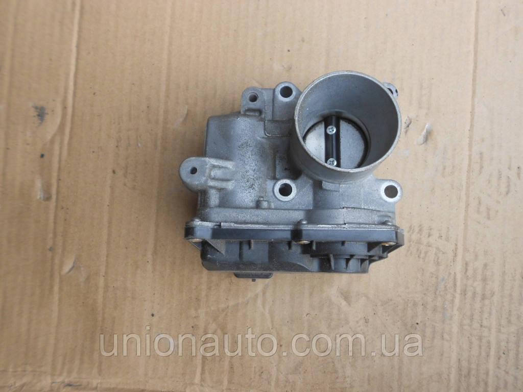 Дроссельная заслонка RENAULT CLIO III 820068712D