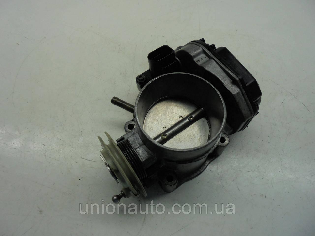 Дроссельная заслонка AUDI A4 2.8 V6 078133063AB