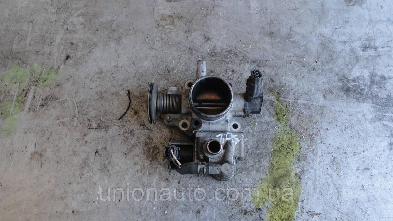 Дросельна заслінка Mazda 323 BA 1,5 B